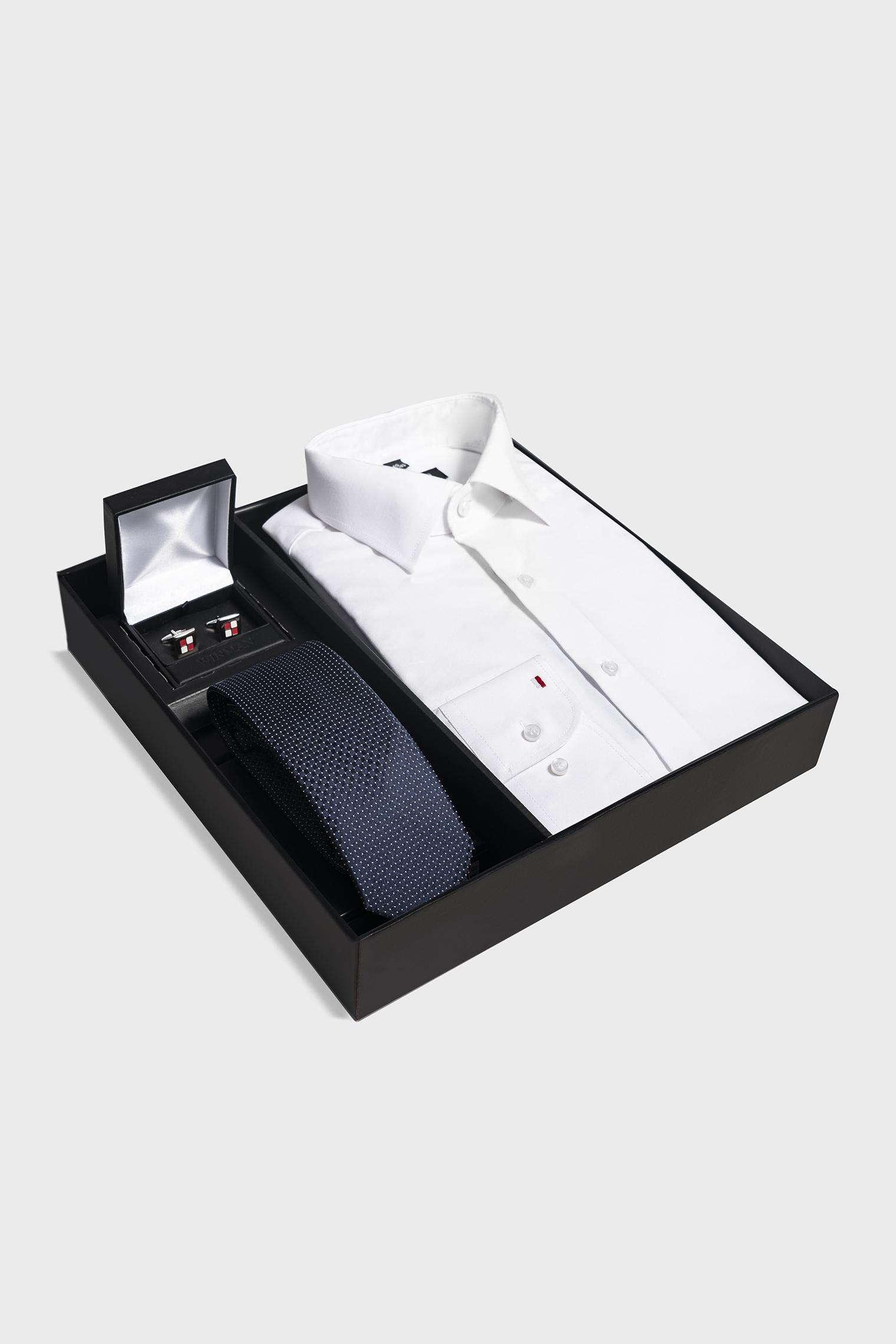 Zestaw prezentowy na imieniny dla mężczyzny – wariant z koszulą