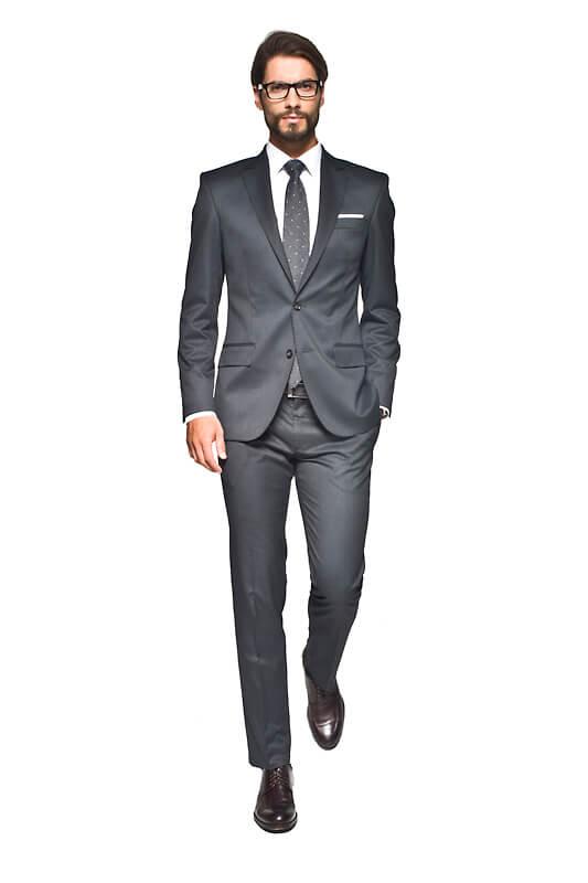 156d35bb4ed0b7 Szary garnitur – jak nosić i kiedy go zakładać? | Poradnik Recman