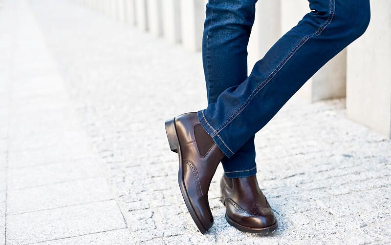 Buty do jeansów i marynarki