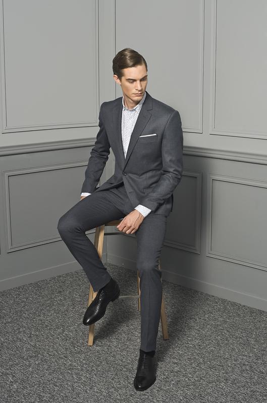garnitur dla wysokiego mężczyzny