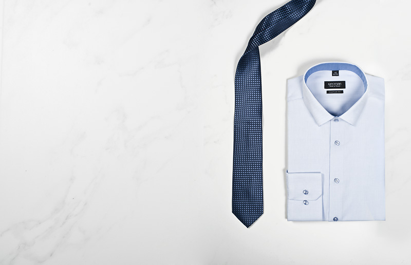 koszula męska i krawat