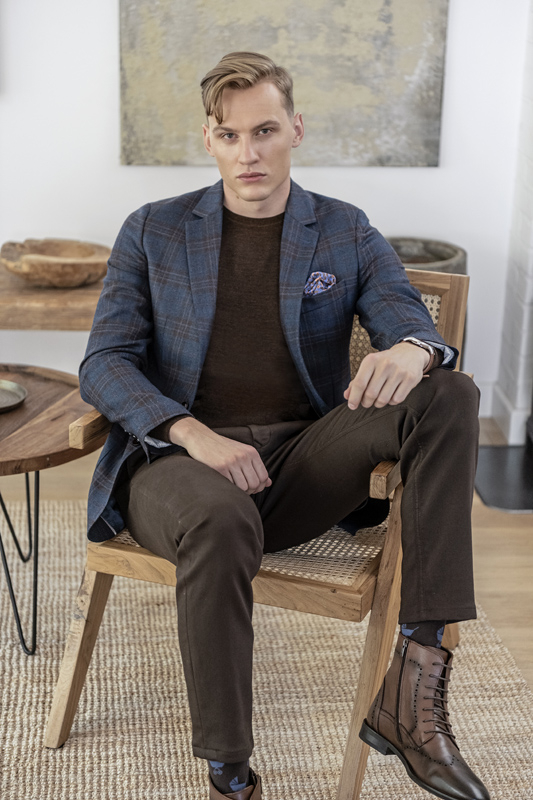 Jakie buty do eleganckich spodni na zimę?
