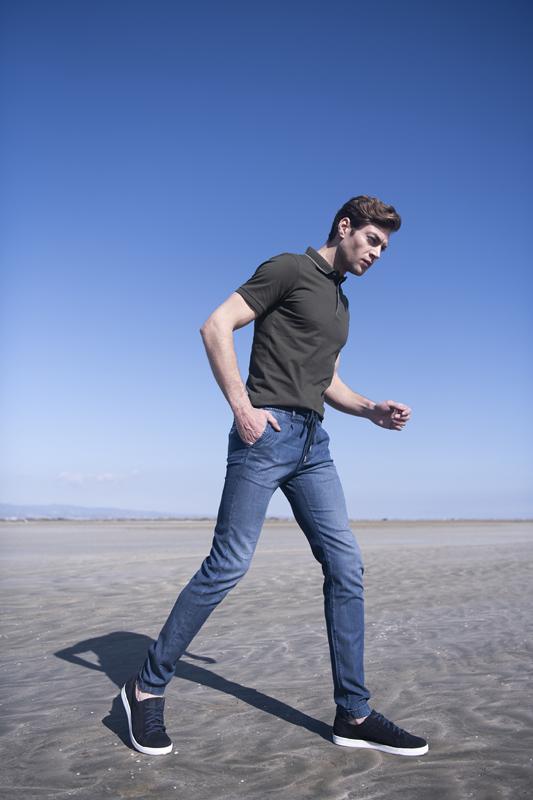 Jakie buty do jeansów i koszuli dla faceta?
