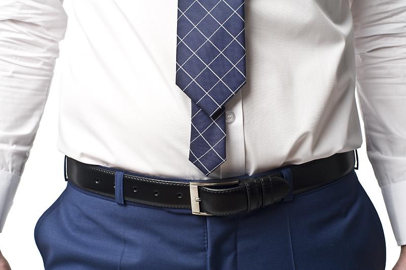 Za krótki krawat